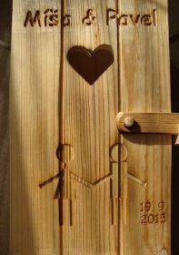 Laserové gravírování do dřeva