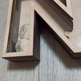 Svatebn dřevěná pokladnička pro svatebčany.